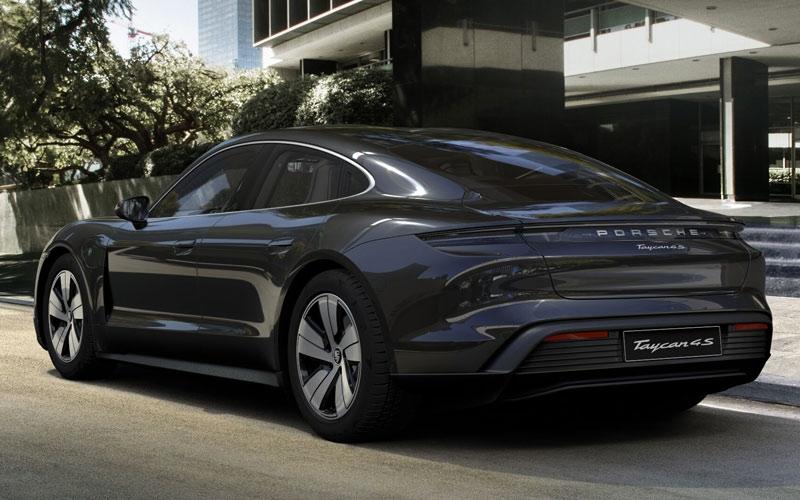 auto elettrica Porsche Taycan